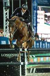 21.09.2013, Rathausplatz, Wien, AUT, Global Champions Tour, Vienna Masters, Springreiten (1.60 m), 1. Durchgang, im Bild Marc Houtzager (NED) auf Sterrehof's Uppity // during Vienna Masters of Global Champions Tour, International Jumping Competition (1.60 m), first round at Rathausplatz in Vienna, Austria on 2013/09/21. EXPA Pictures © 2013 PhotoCredit: EXPA/ Michael Gruber