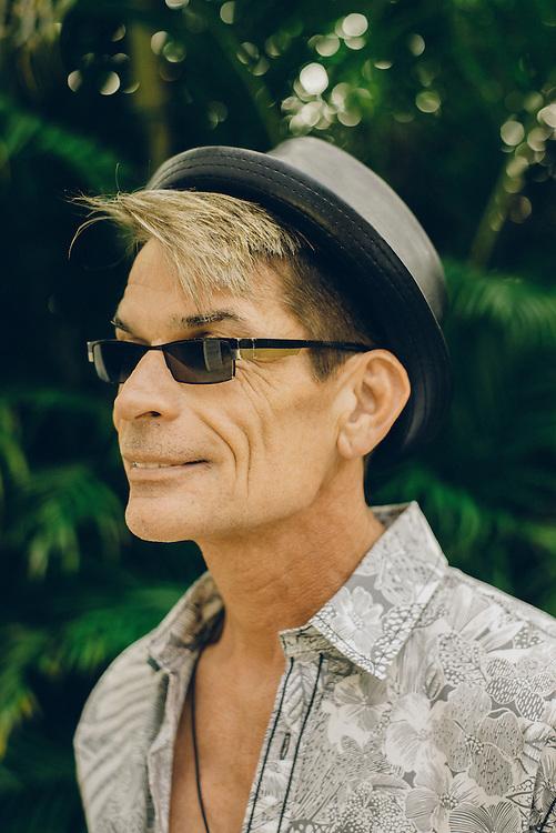 Artist Brad Parker outside his home in Kona, Hawaii | Hana Hou! Magazine