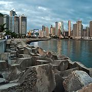 Sunset on the Cinta Costera<br /> Panama City - Republic of Panama 2011<br /> (Copyright &copy; Aaron Sosa)