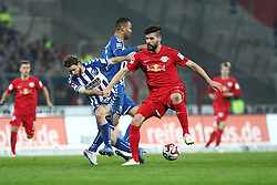 09.03.2015, Wildparkstadion, Karlsruhe, GER, 2. FBL, Karlsruher SC vs RB Leipzig, 24. Runde, im Bild Anthony Jung (RB Leipzig) im Zweikampf mit Gactan Krebs (Karlsruher SC) und Daniel Gordon (Karlsruher SC) // during the 2nd German Bundesliga 24th round match between Karlsruher SC and RB Leipzig at the Wildparkstadion in Karlsruhe, Germany on 2015/03/09. EXPA Pictures © 2015, PhotoCredit: EXPA/ Eibner-Pressefoto/ Bermel<br /> <br /> *****ATTENTION - OUT of GER*****