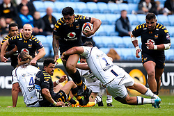 Malakai Fekitoa of Wasps is tackled by Ethan Waller of Worcester Warriors - Mandatory by-line: Robbie Stephenson/JMP - 12/10/2019 - RUGBY - Ricoh Arena - Coventry, England - Wasps v Worcester Warriors - Premiership Rugby Cup