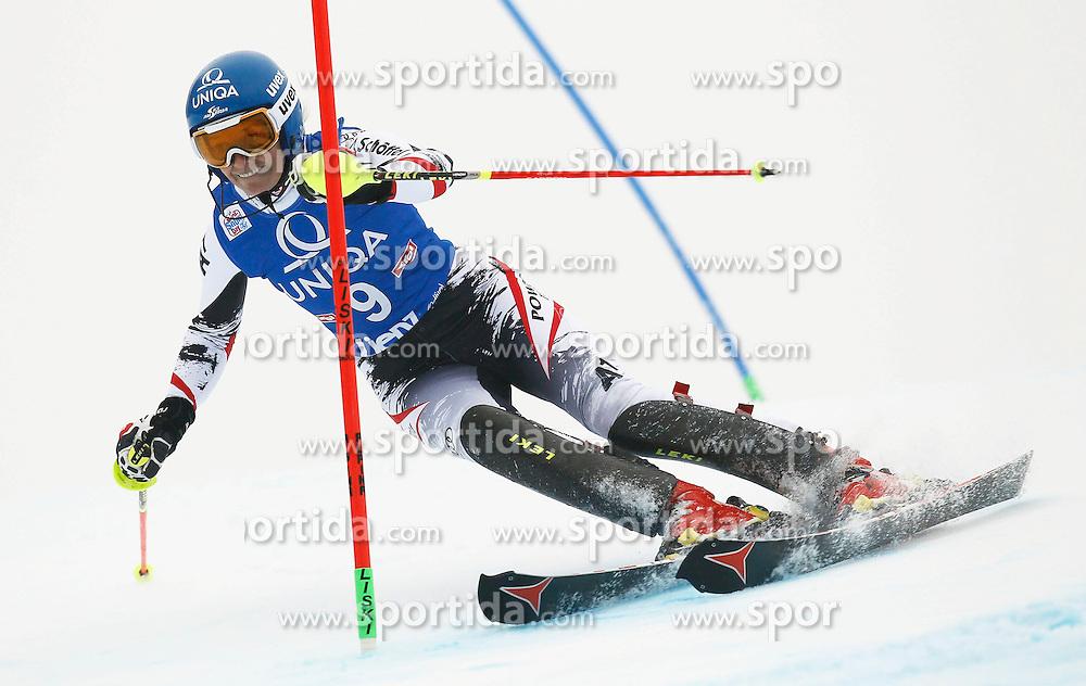 29.12.2013, Hochstein, Lienz, AUT, FIS Weltcup Ski Alpin, Damen, Slalom 1. Durchgang, im Bild Marlies Schild (AUT) // Marlies Schild of (AUT) during ladies Slalom 1st run of FIS Ski Alpine Worldcup at Hochstein in Lienz, Austria on 2013/12/29. EXPA Pictures © 2013, PhotoCredit: EXPA/ Oskar Höher