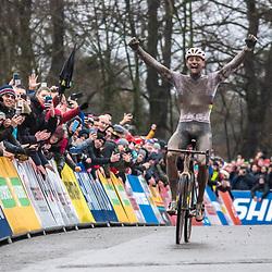 22-12-2019: Wielrennen: Wereldbeker veldrijden: Namen <br />Mathieu van der Poel wins the worldcup in Namur