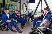 BOEKAREST - 19-08-15, Europa League, Astra GiurGiu - AZ, AZ speler Celso Ortiz (l), AZ speler Jeffrey Gouweleeuw (m), AZ keeper Sergio Rochet (r).