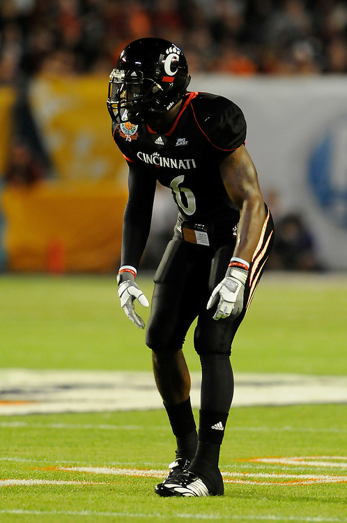 January 1, 2009: DeAngelo Smith of the Cincinnati Bearcats in action during the NCAA football game between the Virginia Tech Hokies and the Cincinnati Bearcats in the Orange Bowl Classic. The Hokies defeated the Bearcats 20-7.