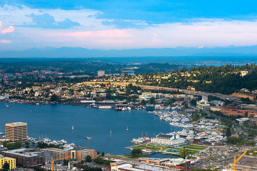 South sore of Lake Union in Seattle, Washington State, USA