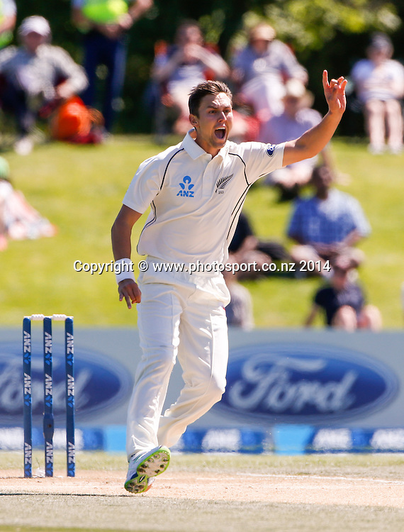 Trent Boult appeals for a wicket. Day 4, ANZ Boxing Day Cricket Test, New Zealand Black Caps v Sri Lanka, 29 December 2014, Hagley Oval, Christchurch, New Zealand. Photo: John Cowpland / www.photosport.co.nz