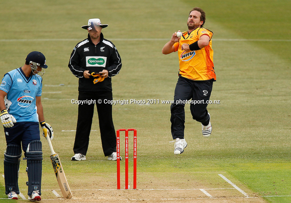 Mark Gillespie of the Firebirds bowls during the HRV Cup Cricket Twenty-20,  Auckland Aces v Wellington Firebirds, Colin Maiden Park Auckland, Sunday 18 December 2011. Photo: Simon Watts/www.photosport.co.nz