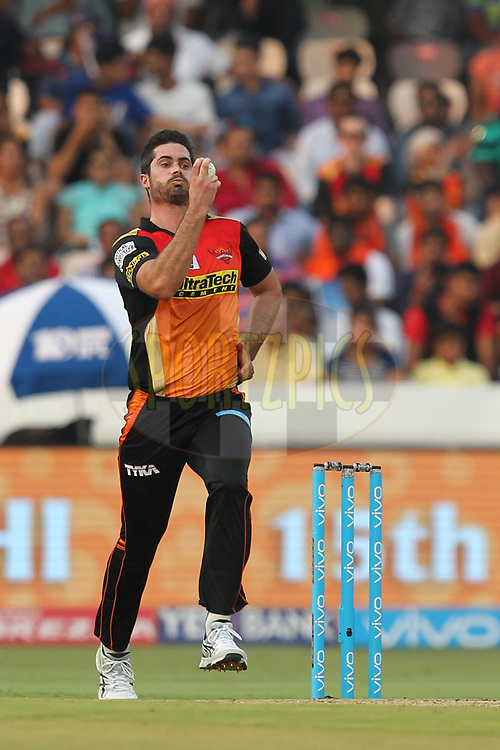 Ben Cutting of Sunrisers Hyderabad during match 6 of the Vivo 2017 Indian Premier League between the Sunrisers Hyderabad and the Gujarat Lions held at the Rajiv Gandhi International Cricket Stadium in Hyderabad, India on the 9th April 2017Photo by Prashant Bhoot - IPL - Sportzpics