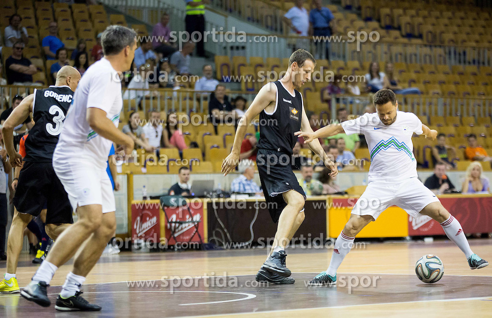 Slavko Duscak vs Ermin Rakovic during football and basketball charity event All Legends by Olimpiki, on June 9, 2015 in Hala Tivoli, Ljubljana, Slovenia. Photo by Vid Ponikvar / Sportida
