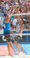 31.07.2013, Klagenfurt, Strandbad, AUT, A1 Beachvolleyball EM 2013, im Bild linkd Stefan Gunnarsson, Robin Seidl 1 AUT // during the A1 Beachvolleyball European Championship at the Strandbad Klagenfurt, Austria on 2013/07/31. EXPA Pictures © 2013, EXPA Pictures © 2013, PhotoCredit: EXPA/ Mag. Gert Steinthaler