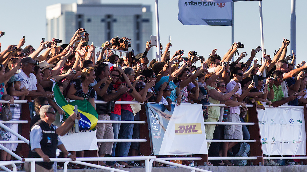 BRAZIL, Itajai. 6th April 2012. Volvo Ocean Race. Spectators welcome Puma Ocean Racing and Team Telefonica to Itajai.