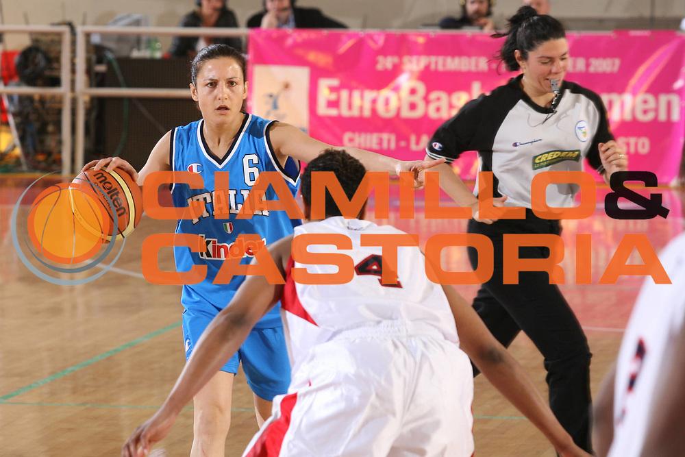 DESCRIZIONE : Roma Amichevole Femminile Italia Usa <br /> GIOCATORE : Cirone <br /> SQUADRA : Nazionale Italiana Femminile <br /> EVENTO : Amichevole Femminile Italia Usa <br /> GARA : Italia Usa <br /> DATA : 11/04/2007 <br /> CATEGORIA : Palleggio Marketing <br /> SPORT : Pallacanestro <br /> AUTORE : Agenzia Ciamillo-Castoria/G.Ciamillo