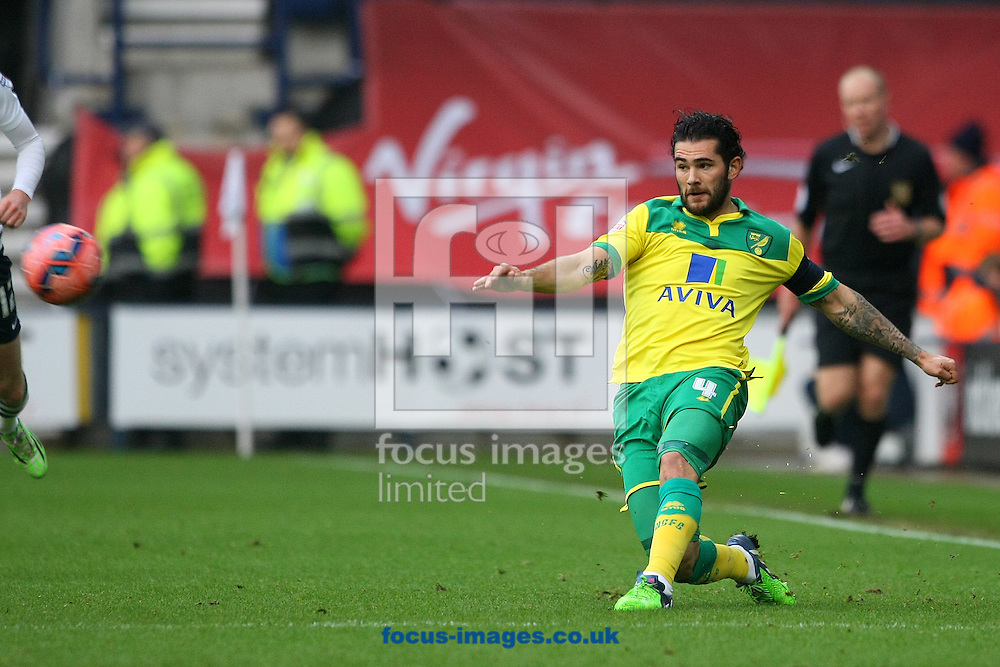 Bradley Johnson of Norwich in action during the FA Cup match at Deepdale, Preston<br /> Picture by Paul Chesterton/Focus Images Ltd +44 7904 640267<br /> 03/01/2015