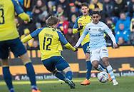 FODBOLD: Adnan Mohammad (FC Helsingør) presses af Simon Tibbling (Brøndby IF) under kampen i ALKA Superligaen mellem Brøndby IF og FC Helsingør den 25. februar 2018 på Brøndby Stadion. Foto: Claus Birch.