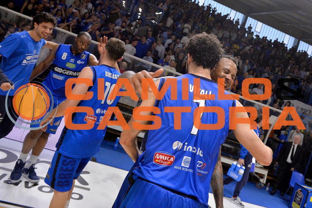 Luca Vitali, David Moss<br /> Vanoli Cremona - Germani Basket Brescia Leonessa<br /> Lega Basket Serie A 2016/2017<br /> Cremona, 09/04/2017<br /> Foto M.Ceretti / Ciamillo - Castoria