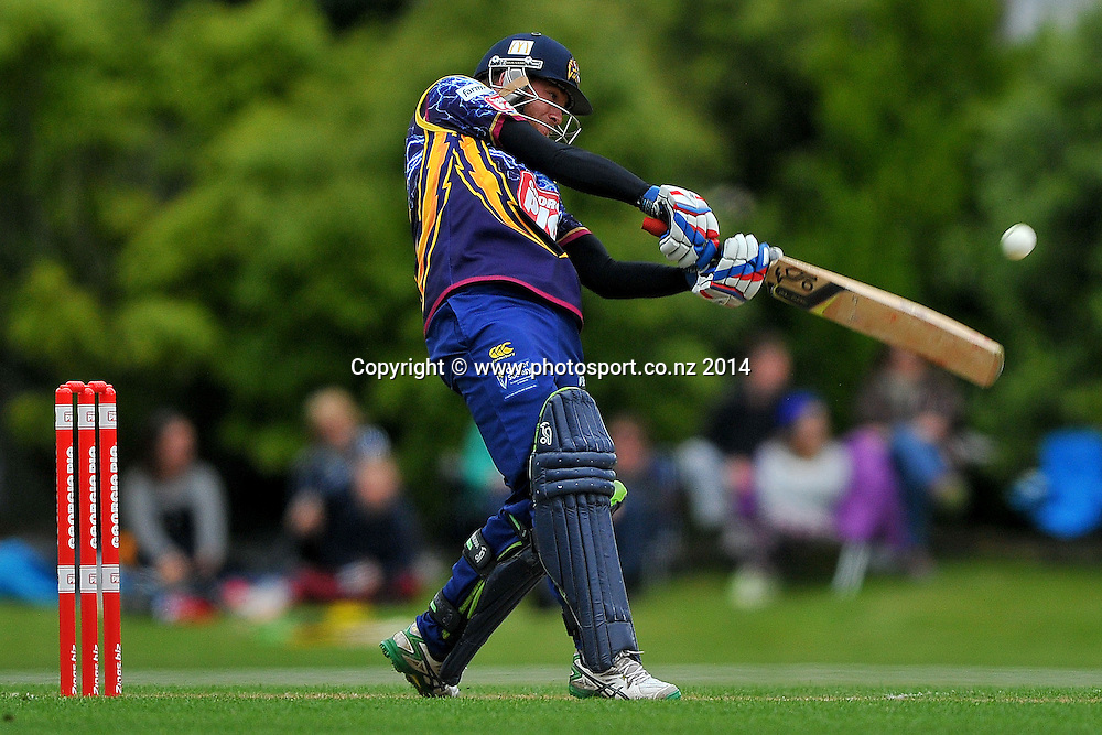 Nick Beard of the Otago Volts in action, during the Georgie Pie Twenty20 match between the Otago Volts and the Canterbury Kings, held at the University Oval, Dunedin, New Zealand, 20 November 2014. Credit: Joe Allison / www.photosport.co.nz