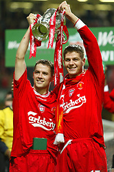 CARDIFF, WALES - Sunday, March 2, 2003: Liverpool's goalscorers Michael Owen (l) and Steven Gerrard celebrate beating Manchester United 2-0 during the Football League Cup Final at the Millennium Stadium. (Pic by David Rawcliffe/Propaganda)