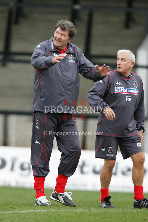 SWANSEA, WALES - TUESDAY MARCH 22nd 2005: Wales' manager John Toshack (L) and assistant Roy Evans during training at Swansea City's Vetch Field Stadium. (Pic by David Rawcliffe/Propaganda)