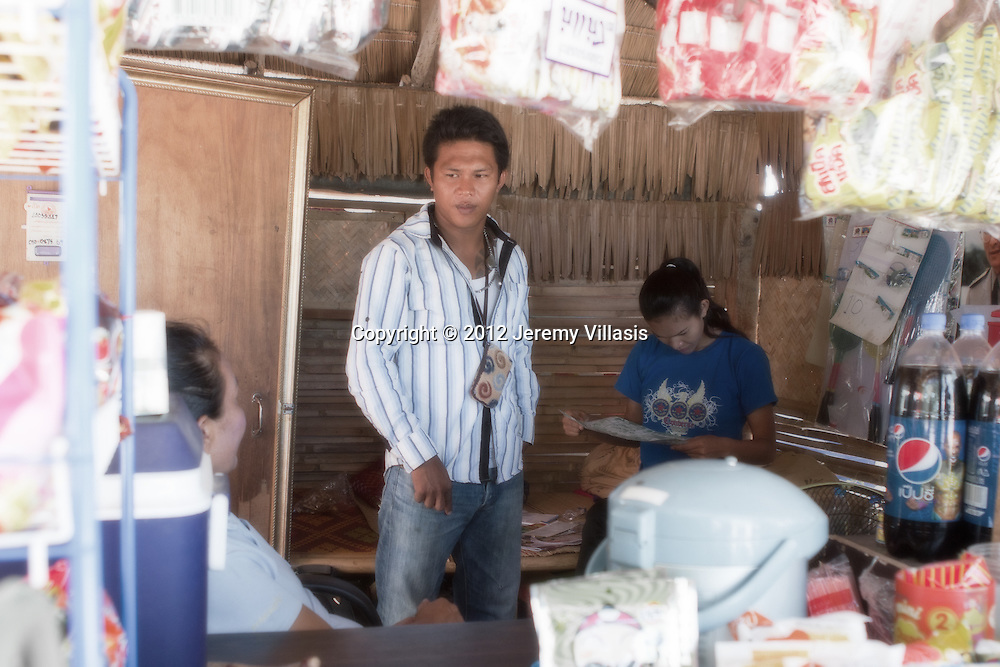 Nong Toom's younger brother, Peh pays a quick visit to the store.