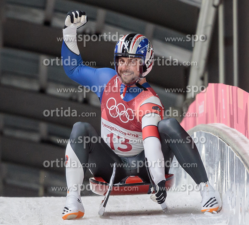 11.02.2018, Olympic Sliding Centre, Pyeongchang, KOR, PyeongChang 2018, Rodeln, Herren, 3. Lauf, im Bild Chris Mazdzer (USA) // Chris Mazdzer of the USA during the Men's Luge Singles Run 3 competition at the Olympic Sliding Centre in Pyeongchang, South Korea on 2018/02/11. EXPA Pictures © 2018, PhotoCredit: EXPA/ Johann Groder
