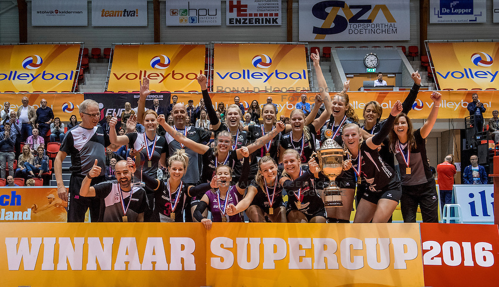 02-10-2016 NED: Supercup VC Sneek - Eurosped, Doetinchem<br /> Eurosped wint de Supercup door Sneek met 3-0 te verslaan / Eurosped kampioen supercup