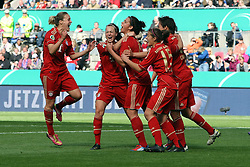12.05.2012, Arena, Koeln, GER, DFB Pokal Damen, Finale, 1. FFC Frankfurt vs FC Bayern Muenchen, im Bild jubel um Sarah Hagen (Muenchen), mitte, nach dem Tor zum 0:1 // during final Football Match of German 'women DFB Pokal' between 1. FFC Frankfurt and FC Bayern Munich at Arena stadium, Cologne, Gemany on 2012/05/12. EXPA Pictures © 2012, PhotoCredit: EXPA/ Eibner/ Bildpressehaus..***** ATTENTION - OUT OF GER *****