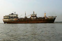 BANGLADESH MADHOM BIBIR HAT 7MARB05 - Shipbreaking yards at Madhom Bibir Hat outside Chittagong, Bangladesh, photographed from the seaside. ..jre/Photo by Jiri Rezac..© Jiri Rezac 2005..Contact: +44 (0) 7050 110 417.Mobile: +44 (0) 7801 337 683.Office: +44 (0) 20 8968 9635..Email: jiri@jirirezac.com.Web: www.jirirezac.com..© All images Jiri Rezac 2005 - All rights reserved.