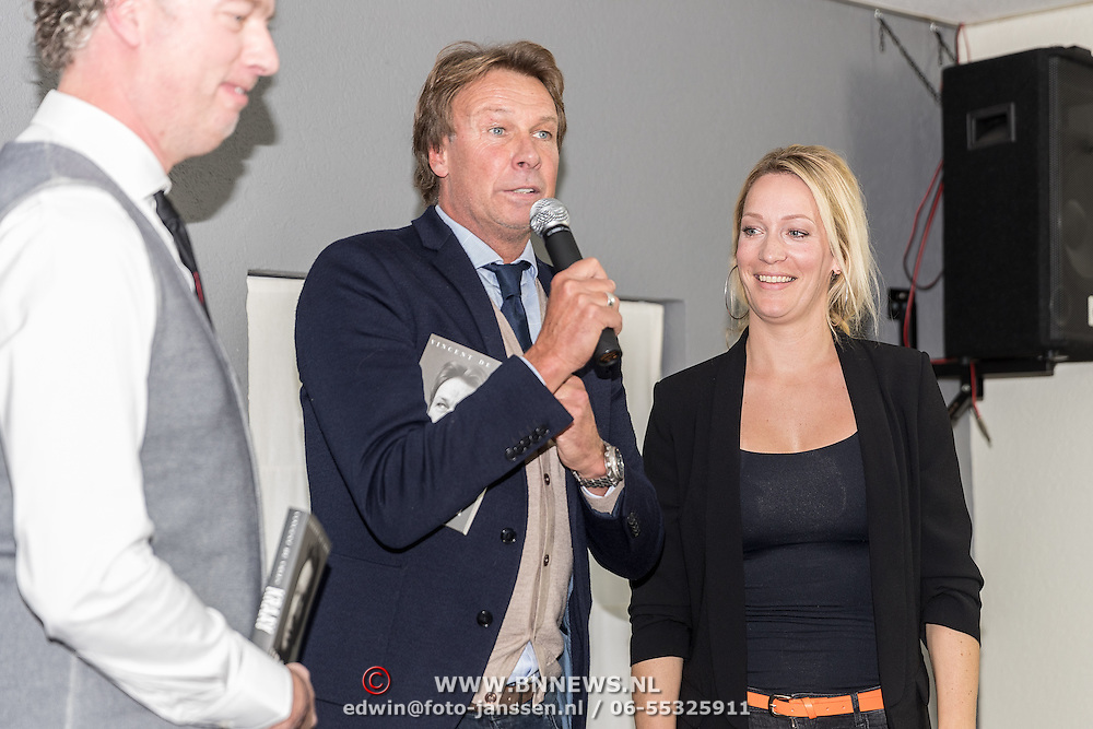 NLD/Lienden20161025 - Boekpresentatie Hans Kraay, schrijver Hans en Hélène Hendriks