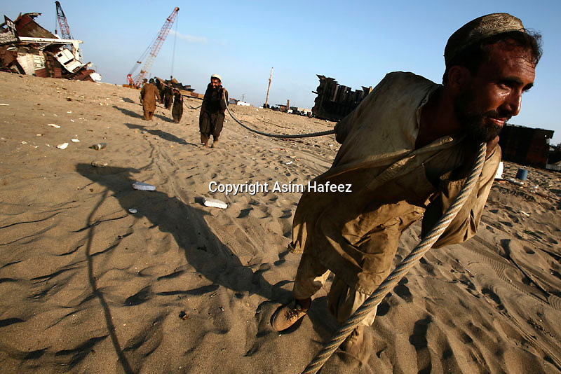 Pakistan's ship-breaking industry at Gaddani along Balochistan coast close to Karachi has a potential for gainful employment of one hundred thousand people.