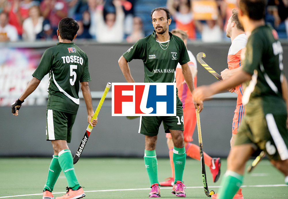 BREDA - Rabobank Hockey Champions Trophy<br /> The Netherlands - Pakistan<br /> Photo: Umar Bhutta.<br /> COPYRIGHT WORLDSPORTPICS FRANK UIJLENBROEK