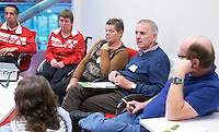 AMSTERDAM - KNHB Symposium Train de Trainer, voor trainer, coach , begeleider binnen het aangepaste hockey. Dit alles in het Ronald MacDonald Centre in Amsterdam. COPYRIGHT KOEN SUYK
