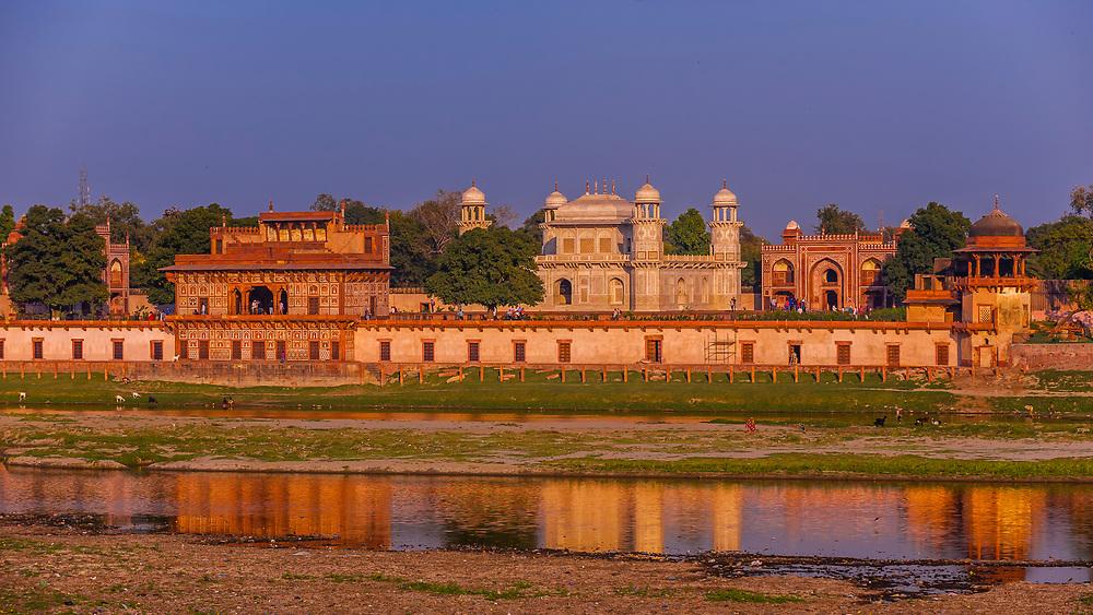 Tomb of Itimad ud Daulah, referred to as the Baby Taj Mahal, along the banks of the Yamuna River, Agra, Uttar Pradesh, India.