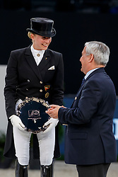 VON BREDOW-WERNDL Jessica (GER), DE VOS Ingmar (Präsident FEI)<br /> Paris - FEI World Cup Finals 2018<br /> FEI World Cup Dressage Freestyle/Kür<br /> www.sportfotos-lafrentz.de/Stefan Lafrentz<br /> 14. April 2018