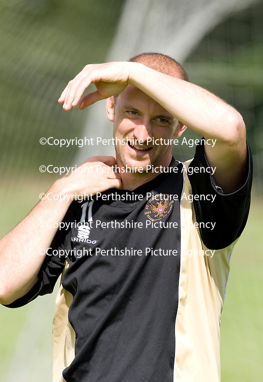 St Johnstone Training....07.08.09<br /> Paul Sheerintries to shield himself from the sun during training this morning ahead of tomorrow's friendly against Burnley<br /> Perthshire Picture Agency<br /> Tel: 01738 623350  Mobile: 07990 594431