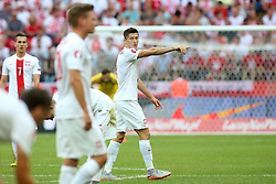 13.06.2015, Nationalstadion, Warschau, POL, UEFA Euro 2016 Qualifikation, Polen vs Greorgien, Gruppe D, im Bild ROBERT LEWANDOWSKI // during the UEFA EURO 2016 qualifier group D match between Poland and Greorgia at the Nationalstadion in Warschau, Poland on 2015/06/13. EXPA Pictures © 2015, PhotoCredit: EXPA/ Pixsell/ PIOTR KUCZA<br /> <br /> *****ATTENTION - for AUT, SLO, SUI, SWE, ITA, FRA only*****