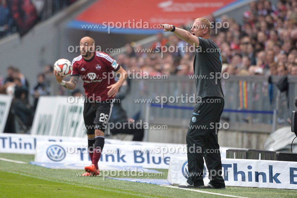 17.05.2015, Allianz Arena, Muenchen, GER, 2. FBL, 1860 Muenchen vs 1. FC Nuernberg, 33. Runde, im Bild Javier Pinola (1. FC Nuernberg), Torsten Froehling, Trainer (TSV 1860 Muenchen) v.li, Aktion, // during the 2nd German Bundesliga 33th round match between 1860 Muenchen and 1. FC Nuernberg at the Allianz Arena in Muenchen, Germany on 2015/05/17. EXPA Pictures &copy; 2015, PhotoCredit: EXPA/ Eibner-Pressefoto/ Buthmann<br /> <br /> *****ATTENTION - OUT of GER*****