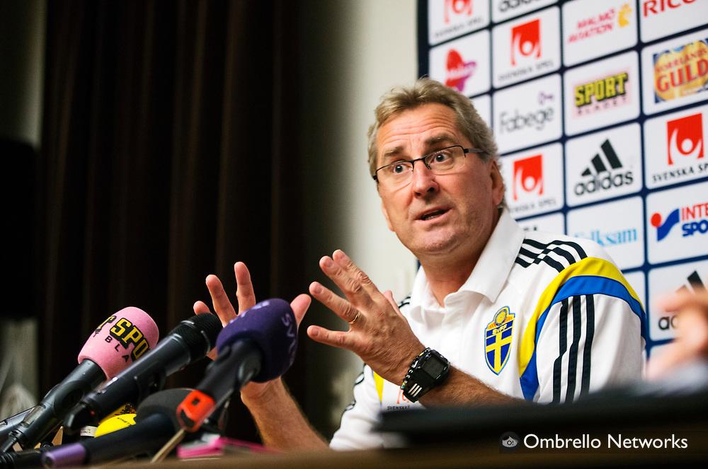 STOCKHOLM 2014-10-10<br /> LANDSLAG FOTBOLL PRESSKONFERENS<br /> ERIK HAMR&Eacute;N<br /> Foto Nils Petter Nilsson KOD 7111