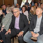 NLD/Ermelo/20190920 - Boeklancering De Beer van de Meer, Piet Schrijvers en partner Cathy Lantema en zoon Patrick