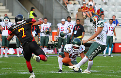 08.07.2011, Tivoli Stadion, Innsbruck, AUT, American Football WM 2011, Group A, Germany (GER) vs Mexico (MEX), im Bild PAT from Maltos José carlos (Mexico, #19, K)  // during the American Football World Championship 2011 Group A game, Germany vs Mexico, at Tivoli Stadion, Innsbruck, 2011-07-08, EXPA Pictures © 2011, PhotoCredit: EXPA/ T. Haumer