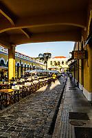 Vão central do Mercado Público Municipal. Florianópolis, Santa Catarina, Brasil. / Central span of Municipal Public Market. Florianopolis, Santa Catarina, Brazil.
