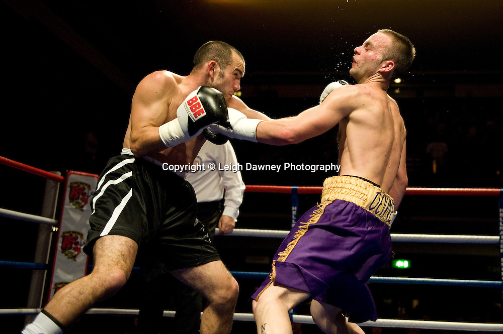 Michael Devine defeats John Van Emmenis at Watford Colusseum 29 November 2009 Promoter Mickey Helliet, Hellraiser Promotions: Credit: ©Leigh Dawney Photography