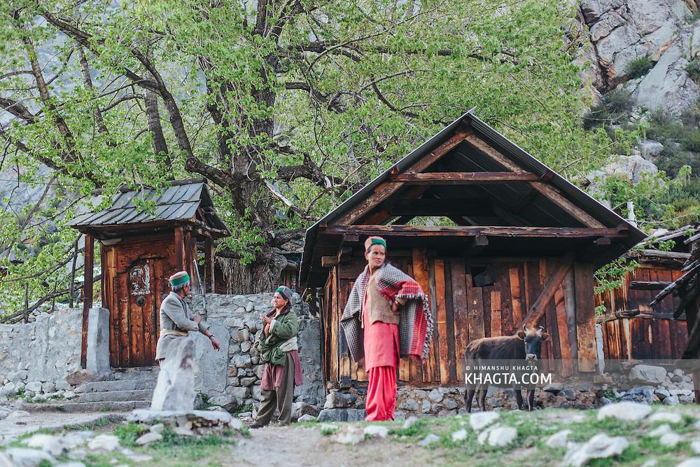 Locals of village Chitkul having an evening conversation, Kinnauri