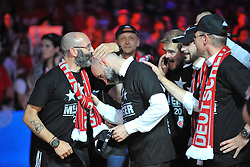 21.06.2015, Brose Arena, Bamberg, GER, Beko Basketball BL, Brose Baskets Bamberg vs FC Bayern Muenchen, Playoffs, Finale, 5. Spiel, im Bild Die Mannschaft bejubelt bei der Siegerehrung den Gewinn der Deutschen Meisterschaft 2015. Mitte: Co-Trainer Ilias Kantzouris (Brose Baskets Bamberg) // during the Beko Basketball Bundes league Playoffs, final round, 5th match between Brose Baskets Bamberg and FC Bayern Muenchen at the Brose Arena in Bamberg, Germany on 2015/06/21. EXPA Pictures &copy; 2015, PhotoCredit: EXPA/ Eibner-Pressefoto/ Merz<br /> <br /> *****ATTENTION - OUT of GER*****