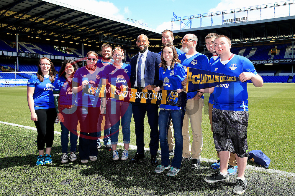 Everton's Tim Howard poses with visiting American fans ahead of his final game for Everton - Mandatory byline: Matt McNulty/JMP - 15/05/2016 - FOOTBALL - Goodison Park - Liverpool, England - Everton v Norwich City - Barclays Premier League