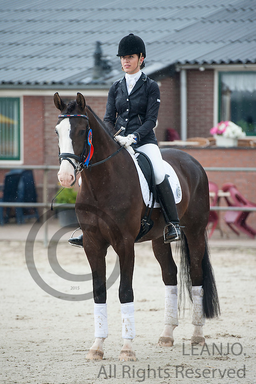 Esmee van Gijtenbeek - Eaton H<br /> Pavo Cup 2013<br /> &copy; DigiShots