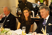GRAYDON CARTER; WILLIAM SHAWCROSS, Graydon Carter hosts a dinner to celebrate the reopening og the American Bar at the Savoy.  Savoy Hotel, Strand. London. 28 October 2010. -DO NOT ARCHIVE-© Copyright Photograph by Dafydd Jones. 248 Clapham Rd. London SW9 0PZ. Tel 0207 820 0771. www.dafjones.com.