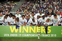 FOOTBALL - UEFA EURO 2010 UNDER 19 - FINAL - FRANCE  v SPAIN  - 30/07/2010  - PHOTO JEAN MARIE HERVIO / DPPI - CELEBRATION FRANCE WITH TROPHY
