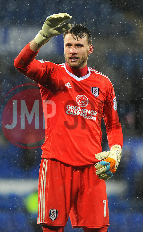 Marcus Bettinelli of Fulham applauds fans at the final whistle - Mandatory by-line: Nizaam Jones/JMP- 26/12/2017 -  FOOTBALL - Cardiff City Stadium - Cardiff, Wales -  Cardiff City v Fulham - Sky Bet Championship