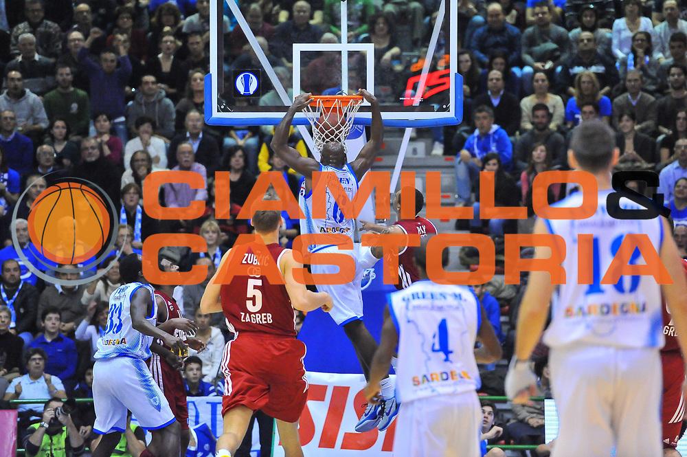DESCRIZIONE : Eurocup 2013/14 Gir. B Dinamo Banco di Sardegna Sassari - Cedevita Zagabria<br /> GIOCATORE : Caleb Green<br /> CATEGORIA : Schiacciata<br /> SQUADRA : Dinamo Banco di Sardegna Sassari <br /> EVENTO : Eurocup 2013/2014<br /> GARA : Dinamo Banco di Sardegna Sassari - Cedevita Zagabria<br /> DATA : 11/12/2013<br /> SPORT : Pallacanestro <br /> AUTORE : Agenzia Ciamillo-Castoria / Luigi Canu<br /> Galleria : Eurocup 2013/2014<br /> Fotonotizia : Eurocup 2013/14 Gir. B Dinamo Banco di Sardegna Sassari - Cedevita Zagabria<br /> Predefinita :